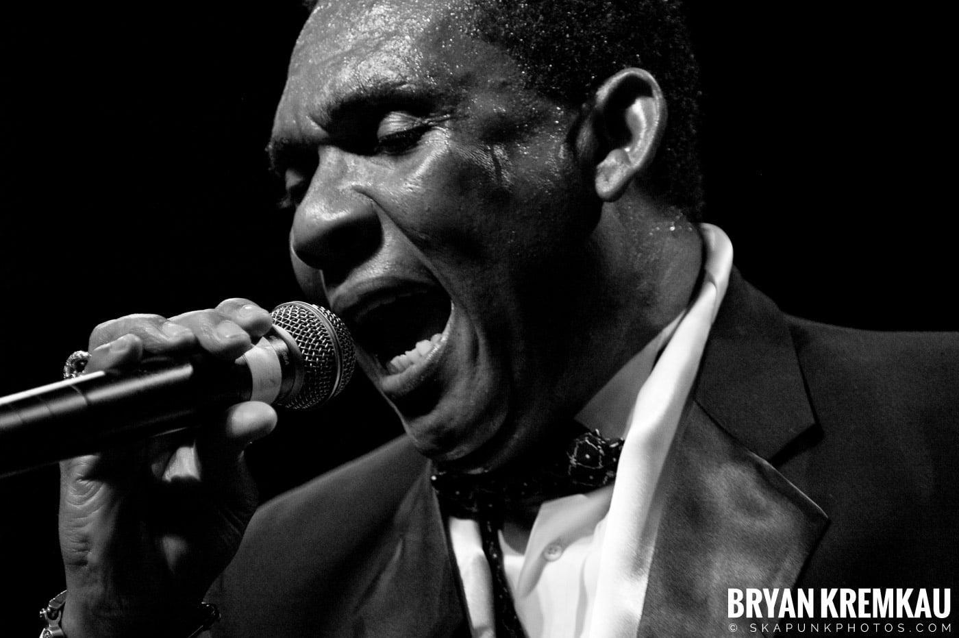 Ken Boothe @ Vintage Reggae Fest - Hammerstein Ballroom, NYC - 12.16.07 (2)