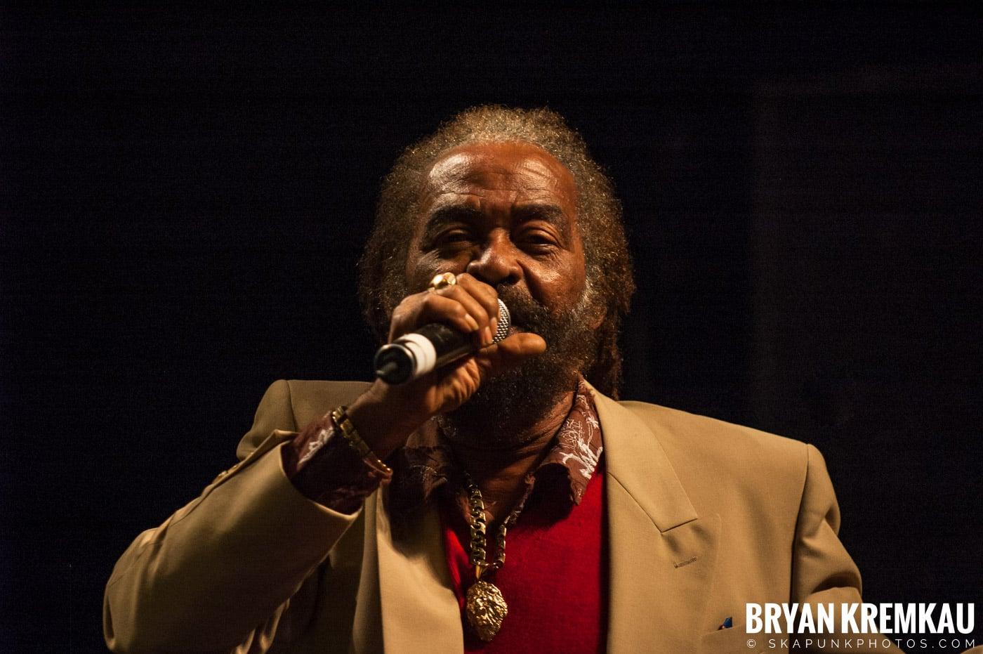 John Holt @ Vintage Reggae Fest - Hammerstein Ballroom, NYC - 12.16.07 (13)