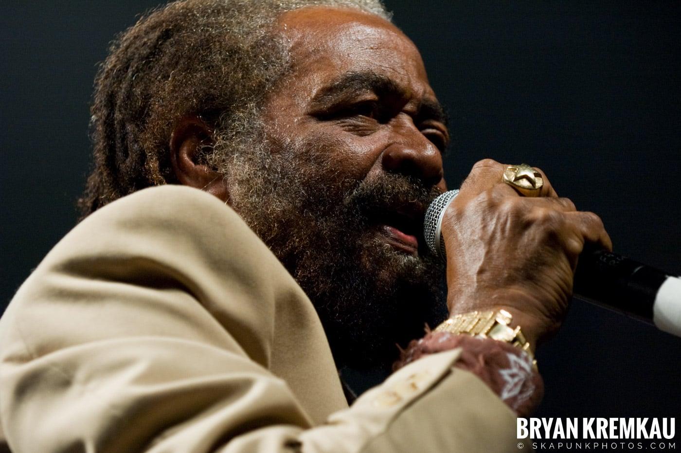 John Holt @ Vintage Reggae Fest - Hammerstein Ballroom, NYC - 12.16.07 (4)