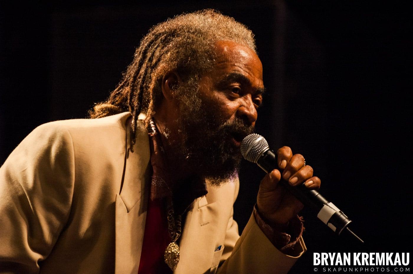 John Holt @ Vintage Reggae Fest - Hammerstein Ballroom, NYC - 12.16.07 (1)