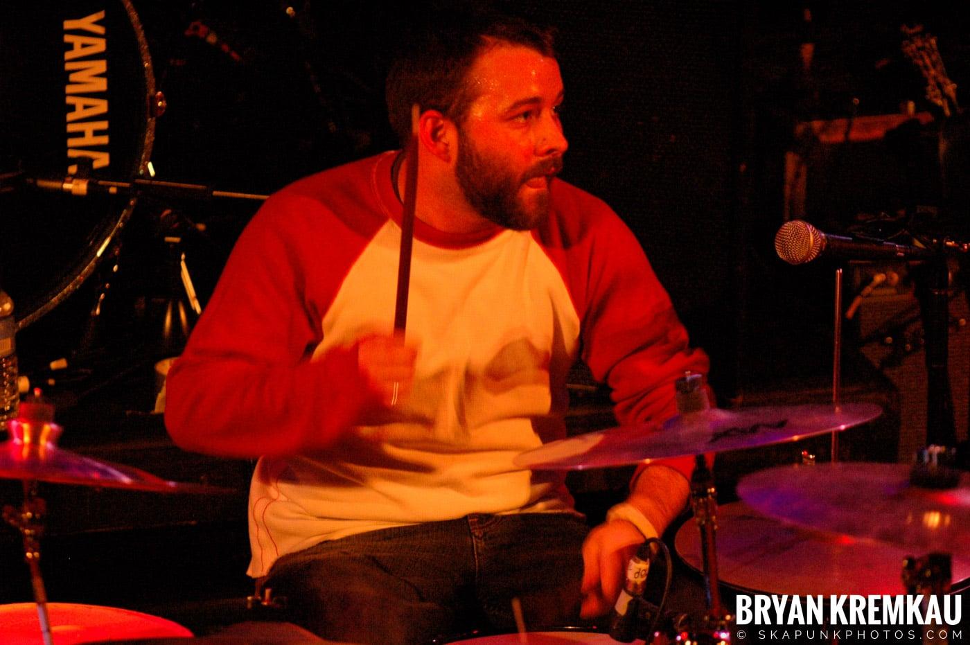 Rev. Peyton's Big Damn Band @ The Chance, Poughkeepsie NY - 2.21.08 (7)