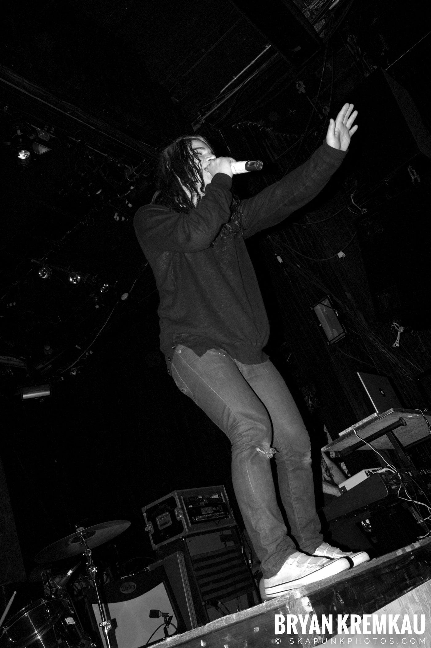 Sonny @ Irving Plaza, NYC - 4.11.08 (10)