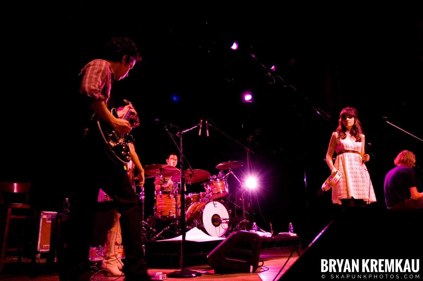 She and Him @ Webster Hall, NYC - 4.22.08 (14)