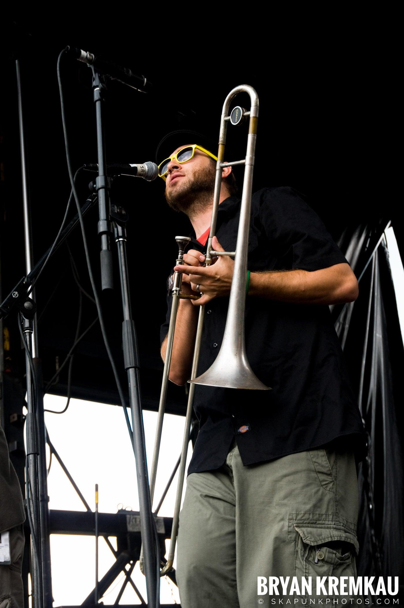 Reel Big Fish @ Warped Tour 08, Scranton PA - 7.27.08 (14)