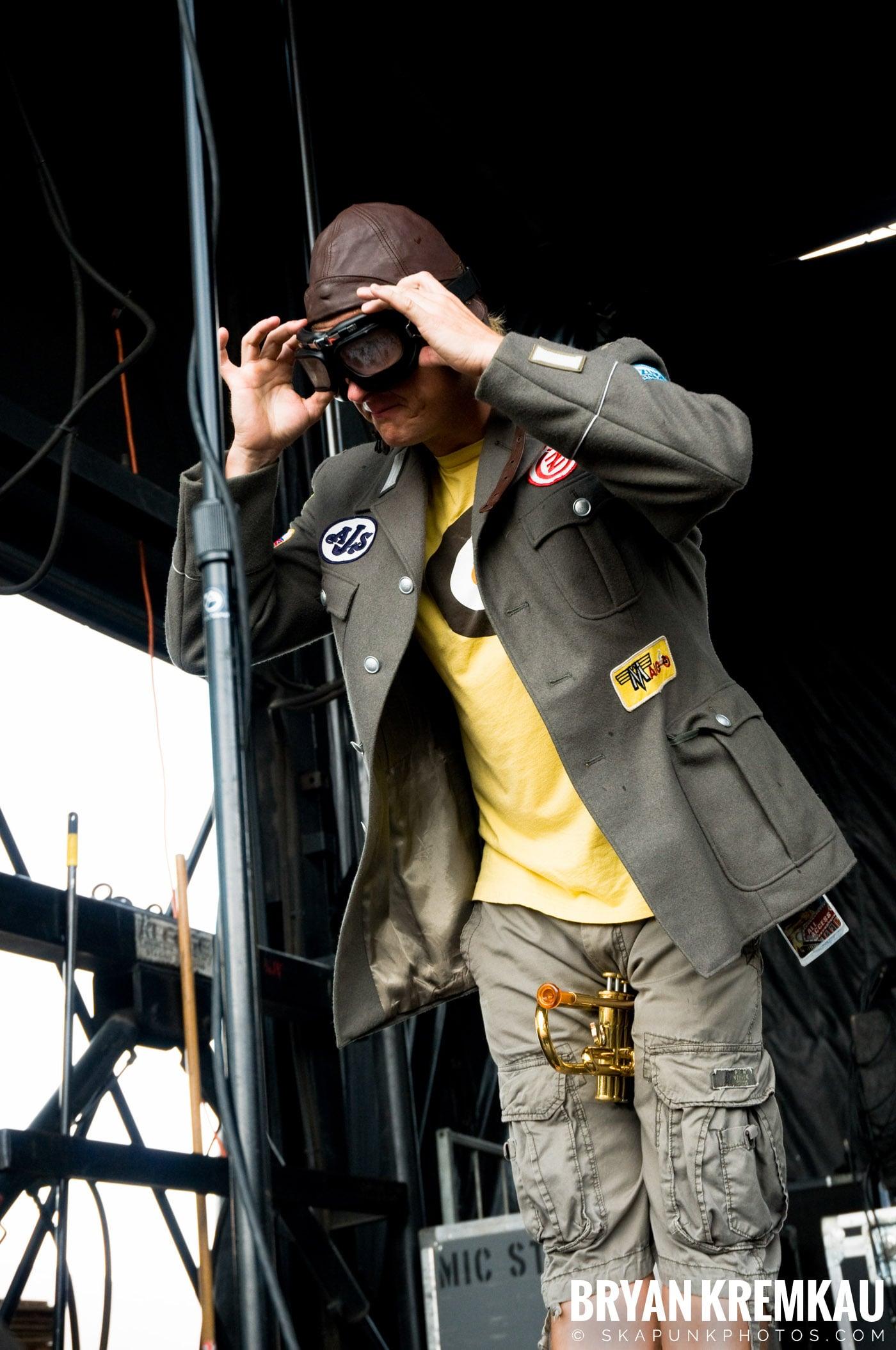 Reel Big Fish @ Warped Tour 08, Scranton PA - 7.27.08 (4)