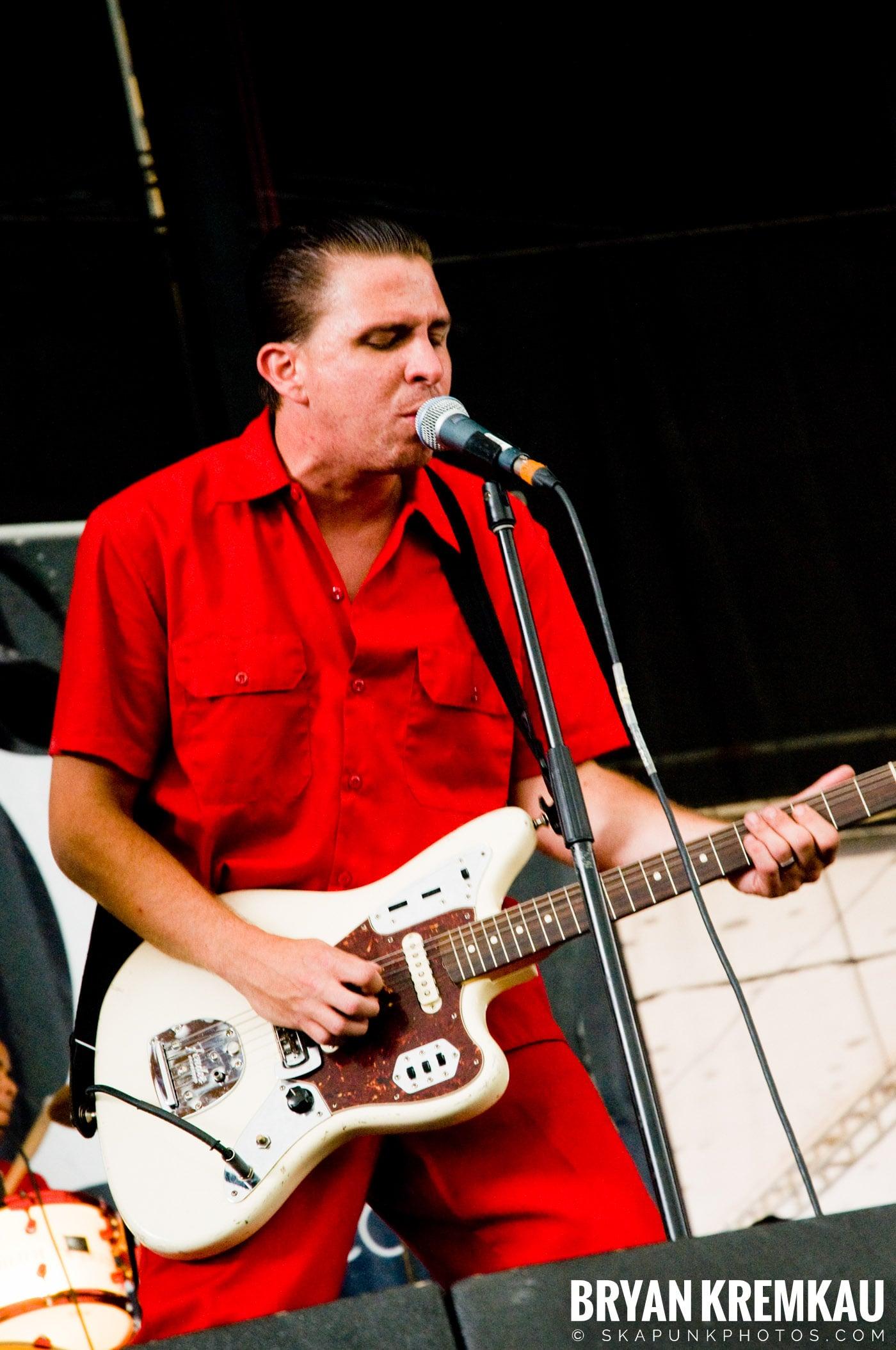 The Aggrolites @ Warped Tour 08, Scranton PA - 7.27.08 (14)