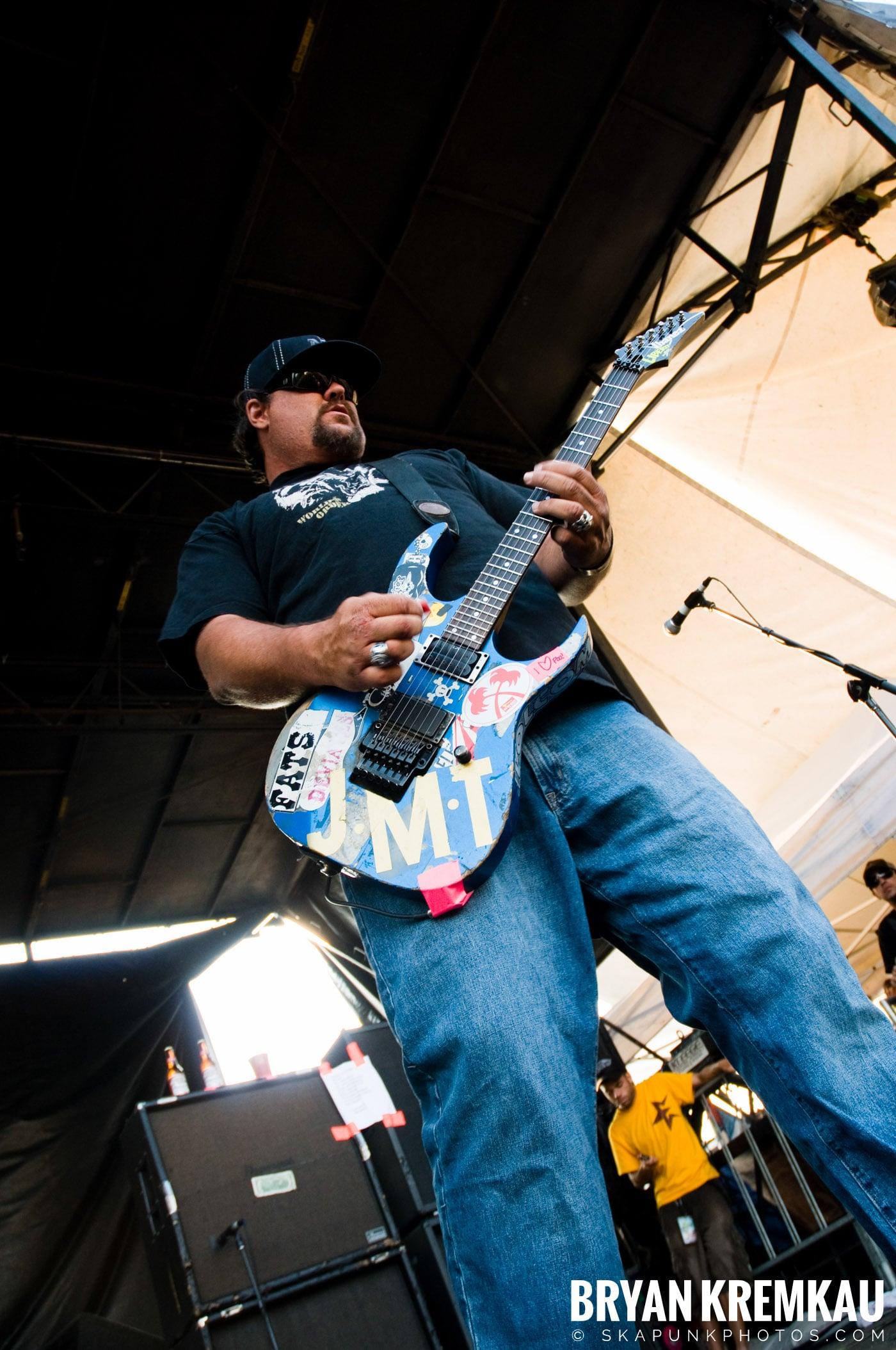 Pennywise @ Warped Tour 08, Scranton PA - 7.27.08 (8)