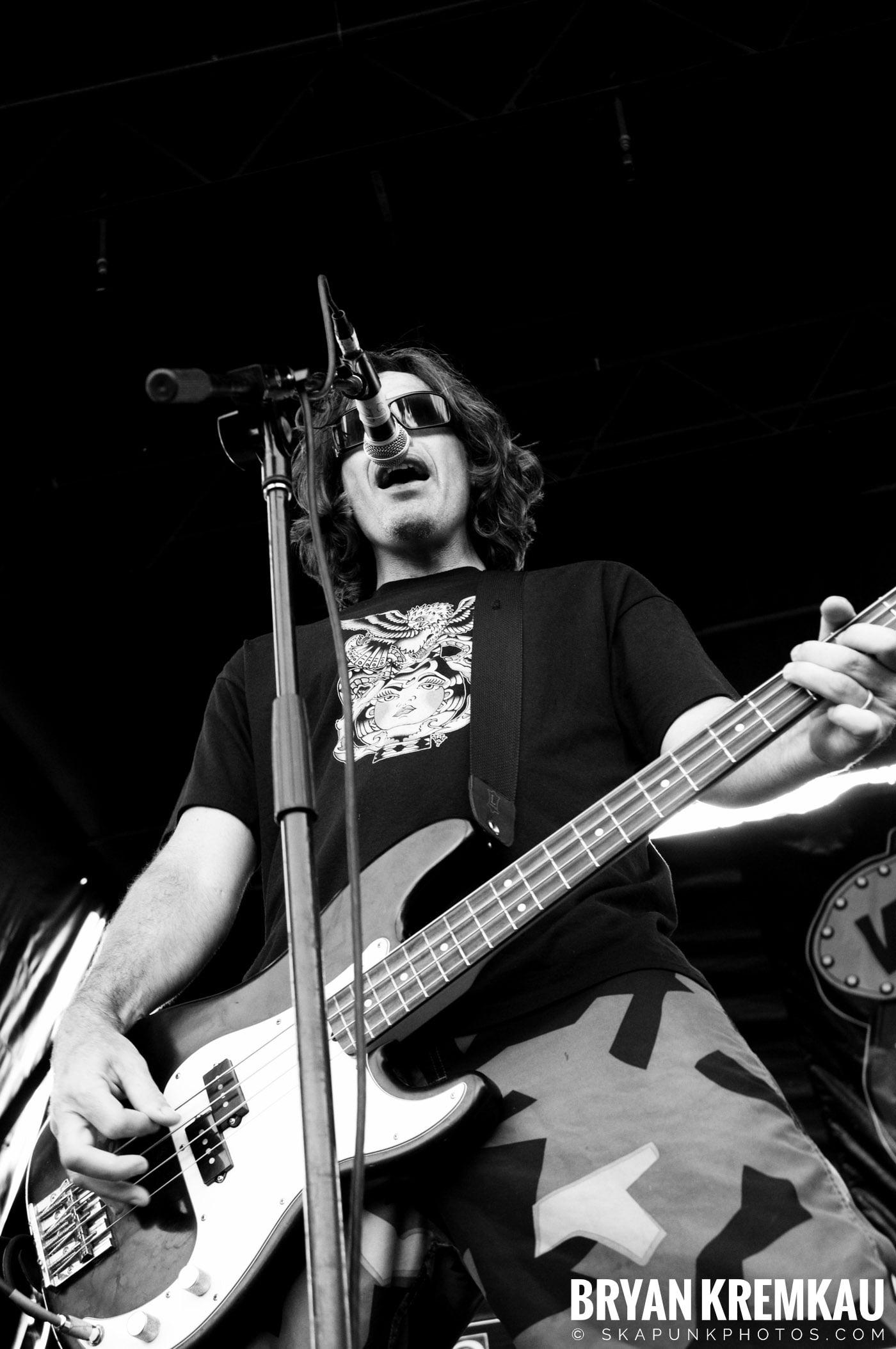 Pennywise @ Warped Tour 08, Scranton PA - 7.27.08 (1)
