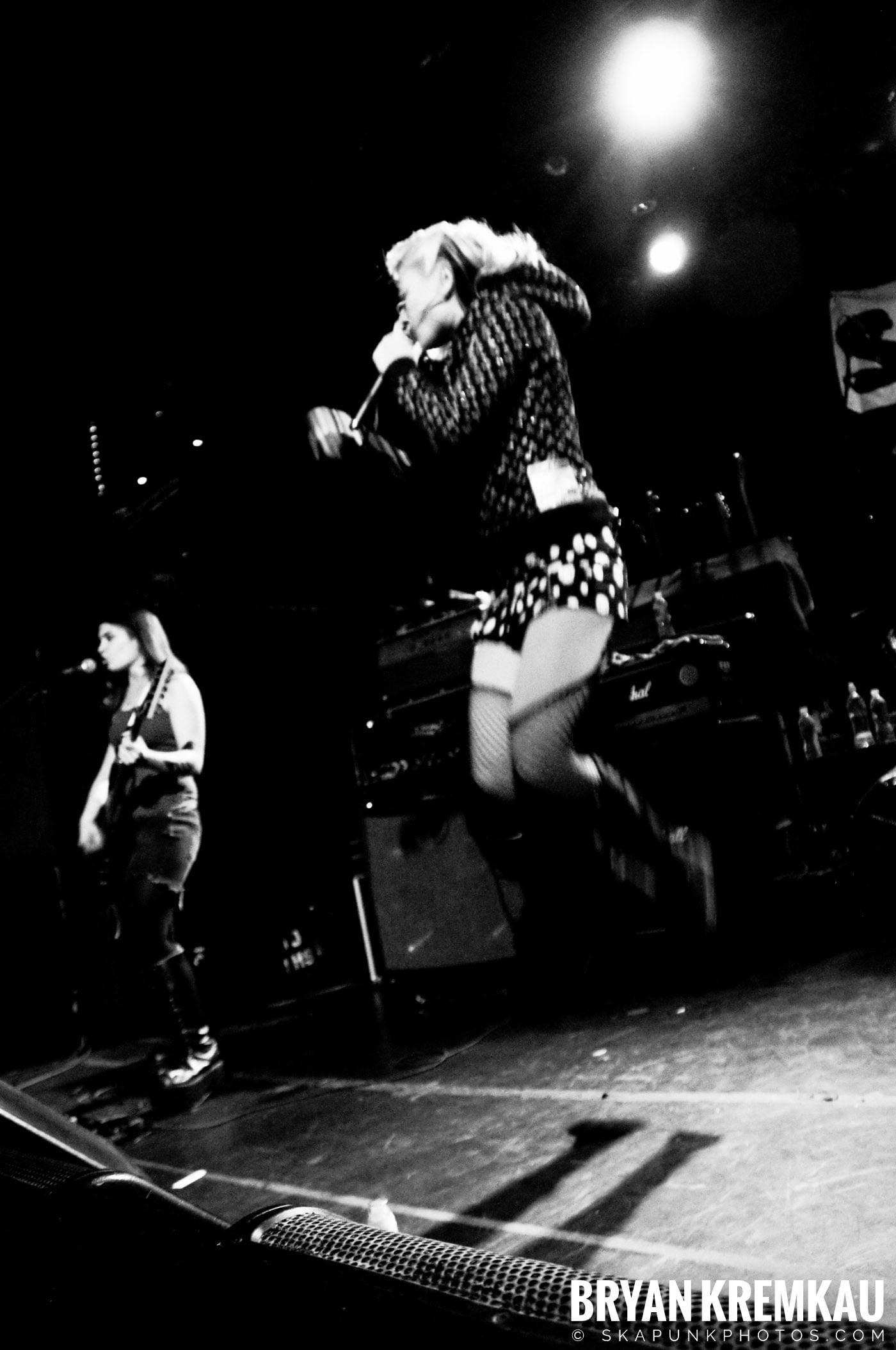 Shira Girl @ The Fillmore at Irving Plaza, NYC – 10.15.08 (12)