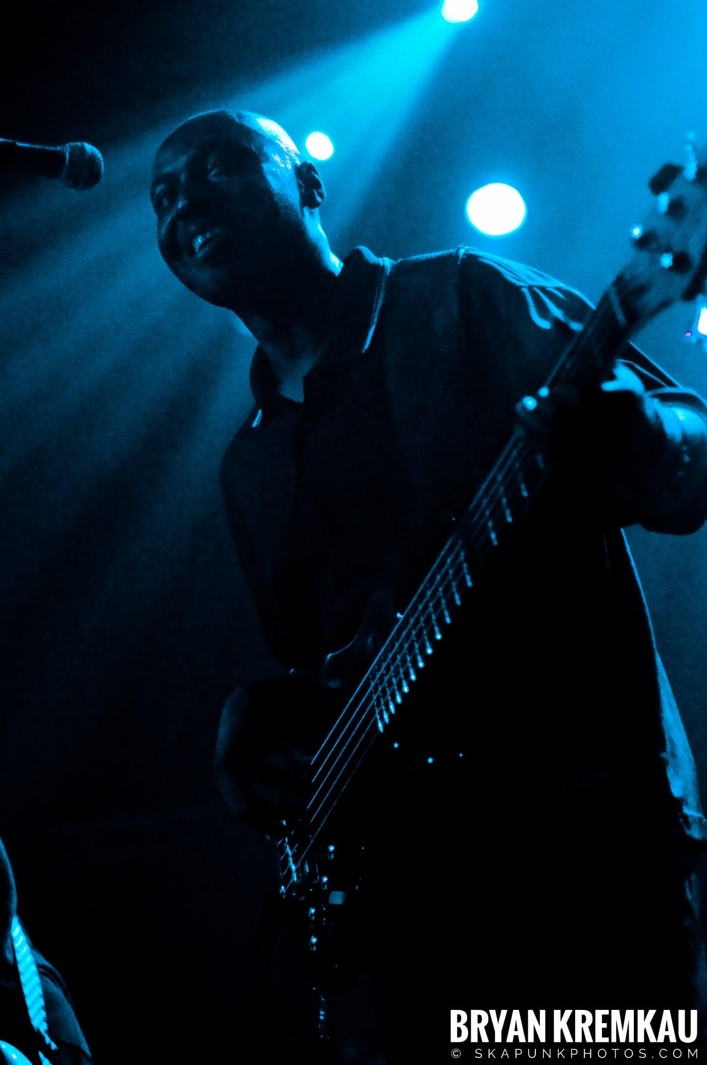 English Beat @ The Fillmore at Irving Plaza, NYC - 2.6.09 (20)