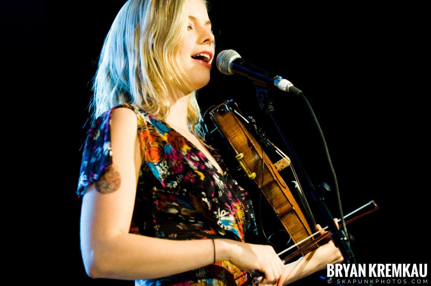 Bearfoot @ Nokia Theatre, NYC - 3.14.09 (3)