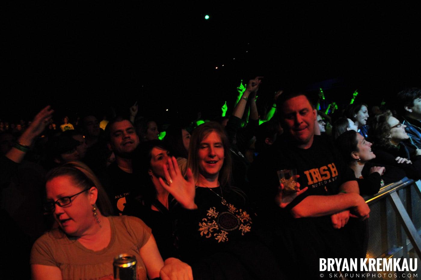 Saw Doctors @ Nokia Theatre, NYC - 3.14.09 (22)