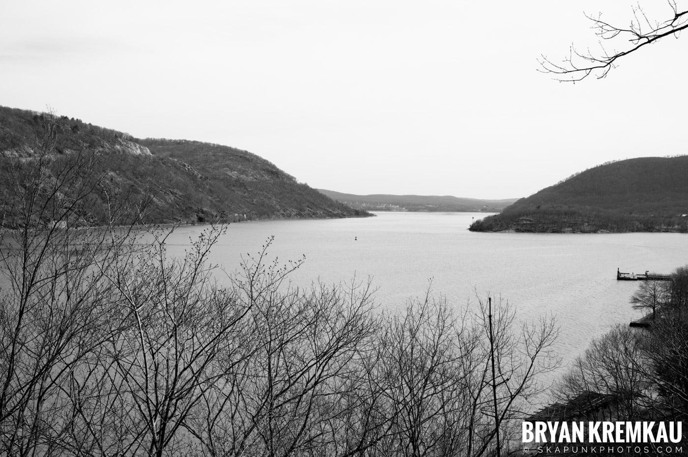 Kristen's Birthday @ Bear Mountain, NY - 3.27.09 (10)