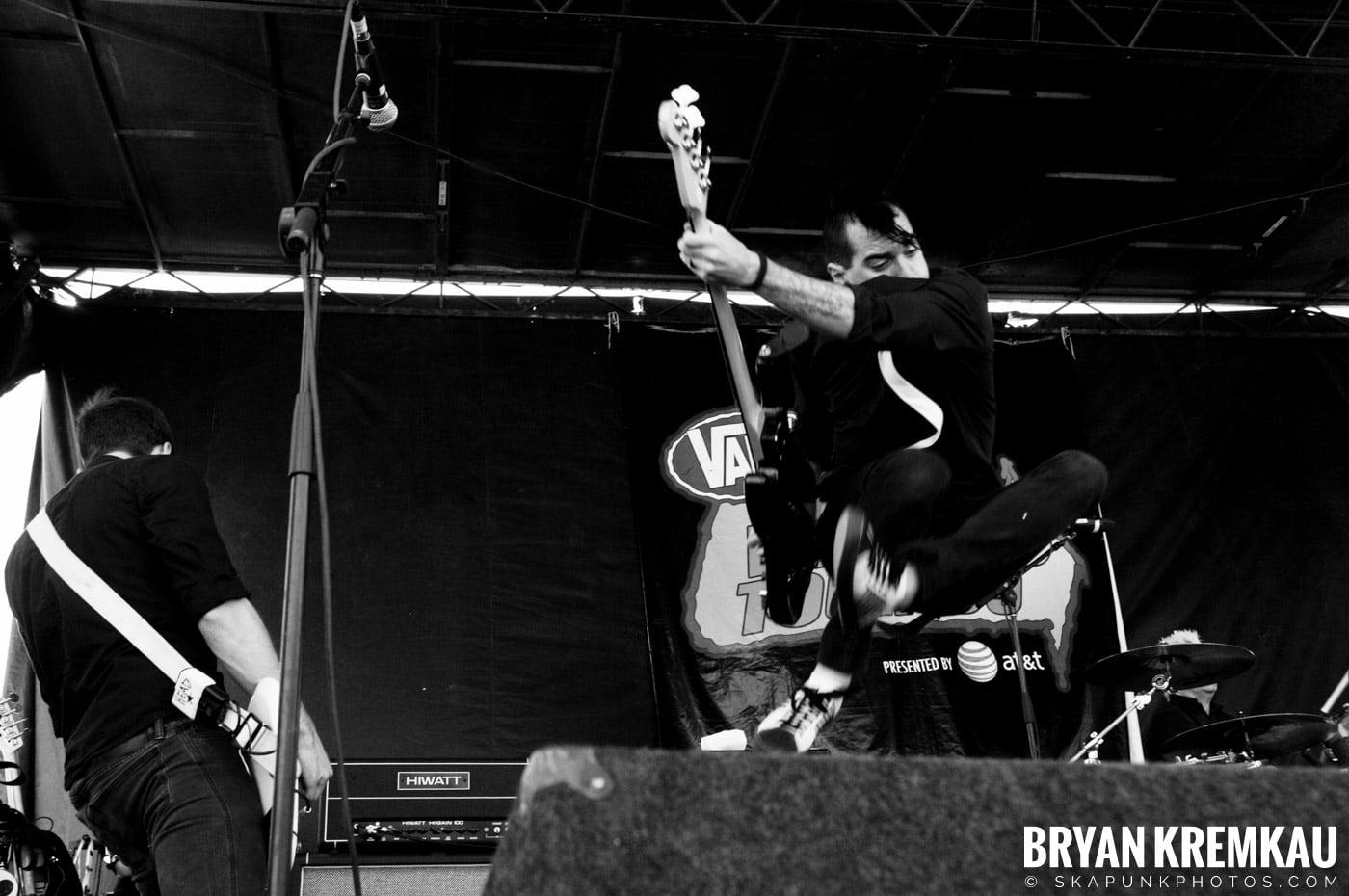 Anti-Flag @ Warped Tour 2009, Scranton PA - 07.15.09 (7)
