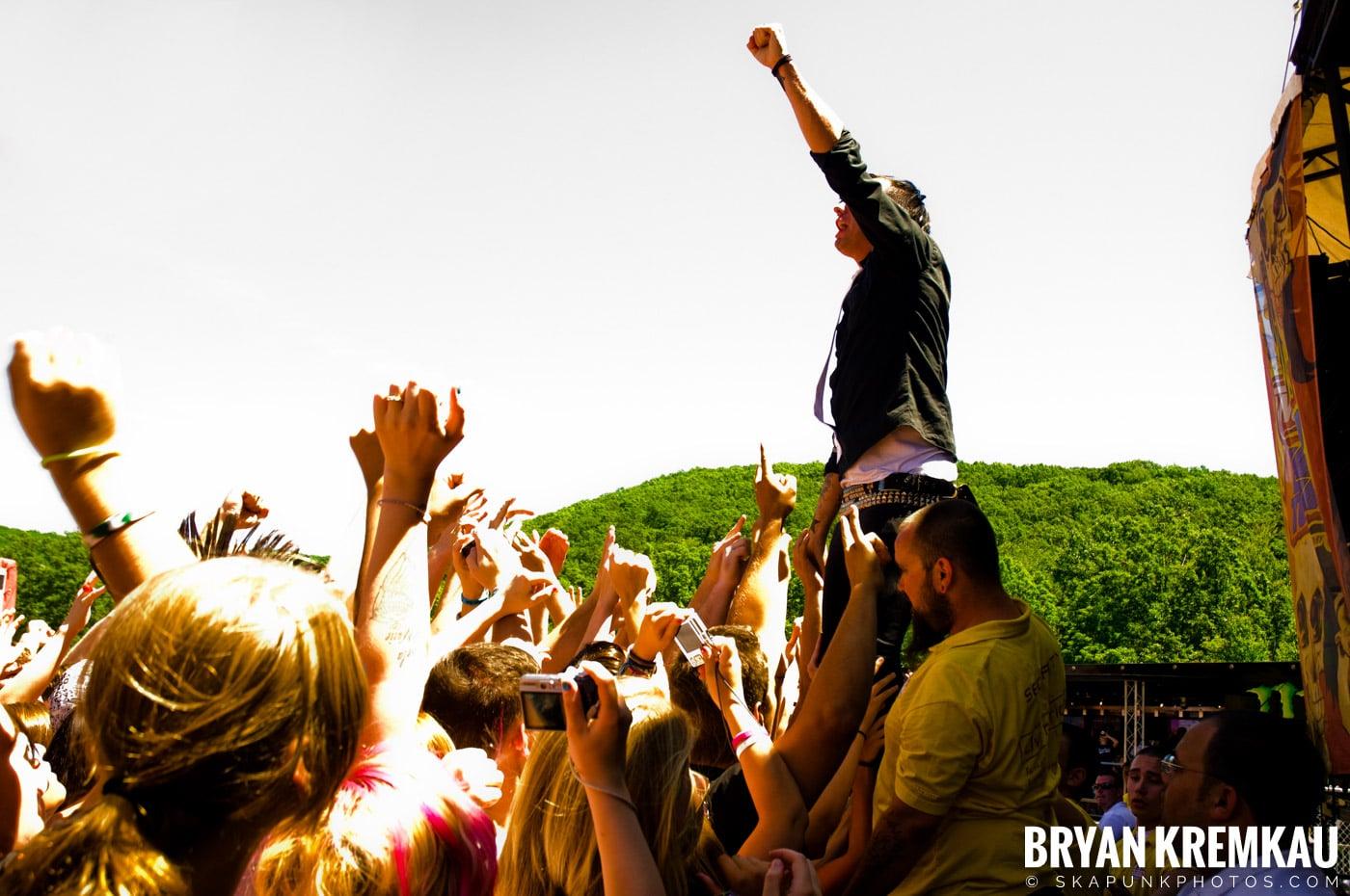 Anti-Flag @ Warped Tour 2009, Scranton PA - 07.15.09 (2)