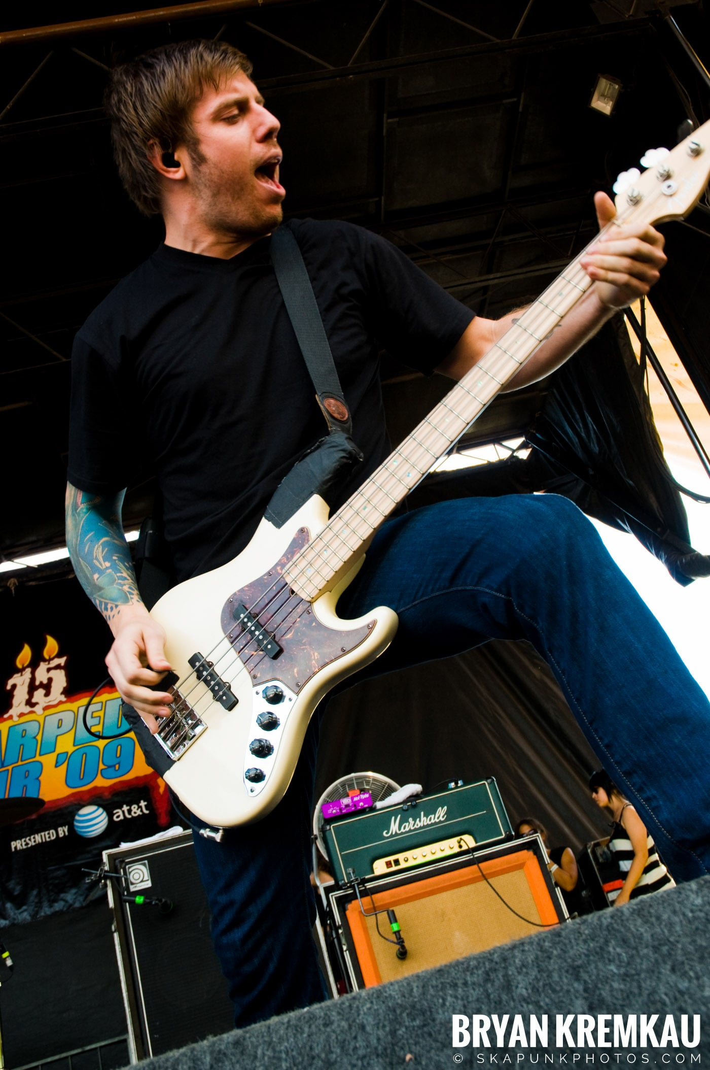 Underoath @ Warped Tour 2009, Scranton PA - 07.15.09 (9)