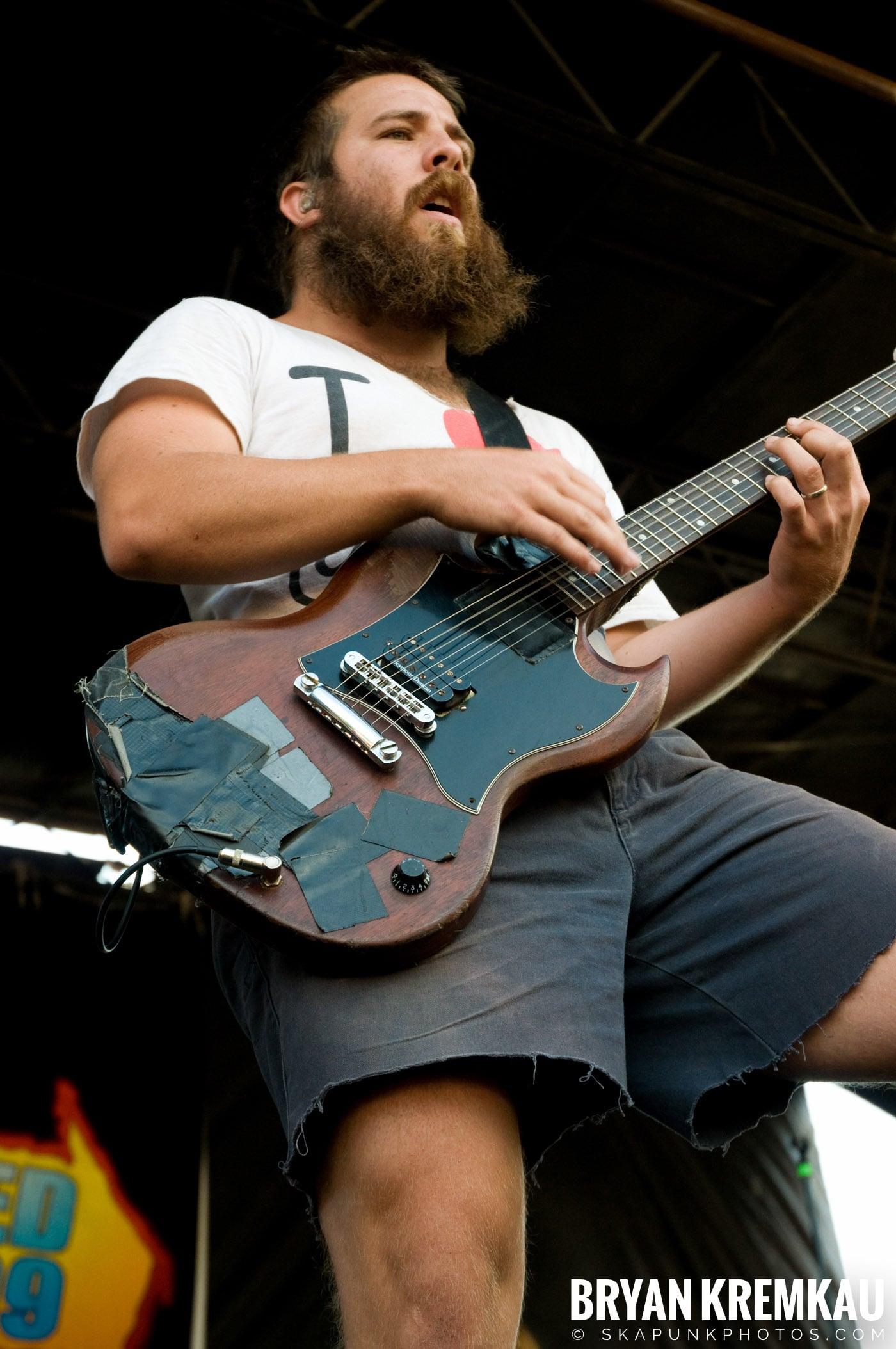 Underoath @ Warped Tour 2009, Scranton PA - 07.15.09 (5)