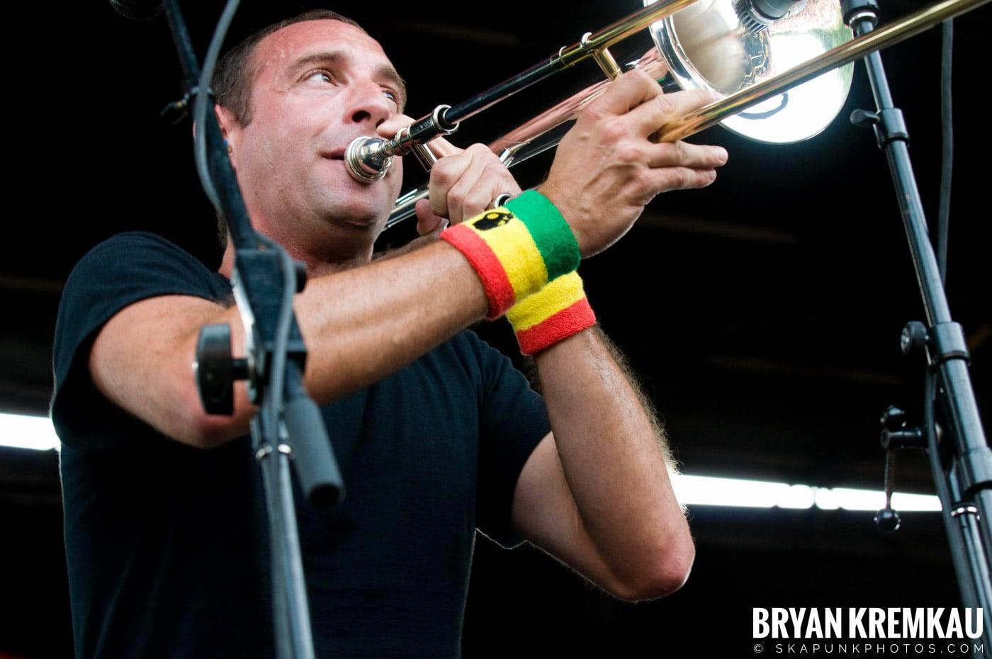 Less Than Jake @ Warped Tour 2009, Scranton PA - 07.15.09 (10)