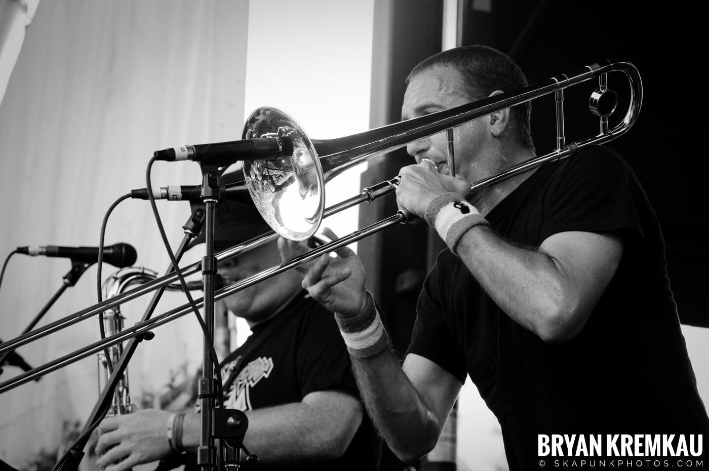 Less Than Jake @ Warped Tour 2009, Scranton PA - 07.15.09 (3)