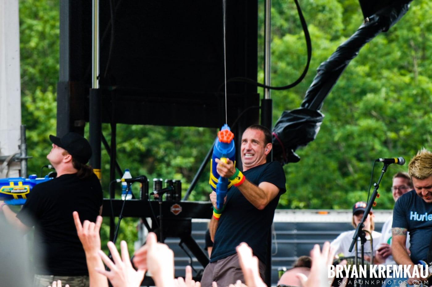 Less Than Jake @ Warped Tour 2009, Scranton PA - 07.15.09 (2)
