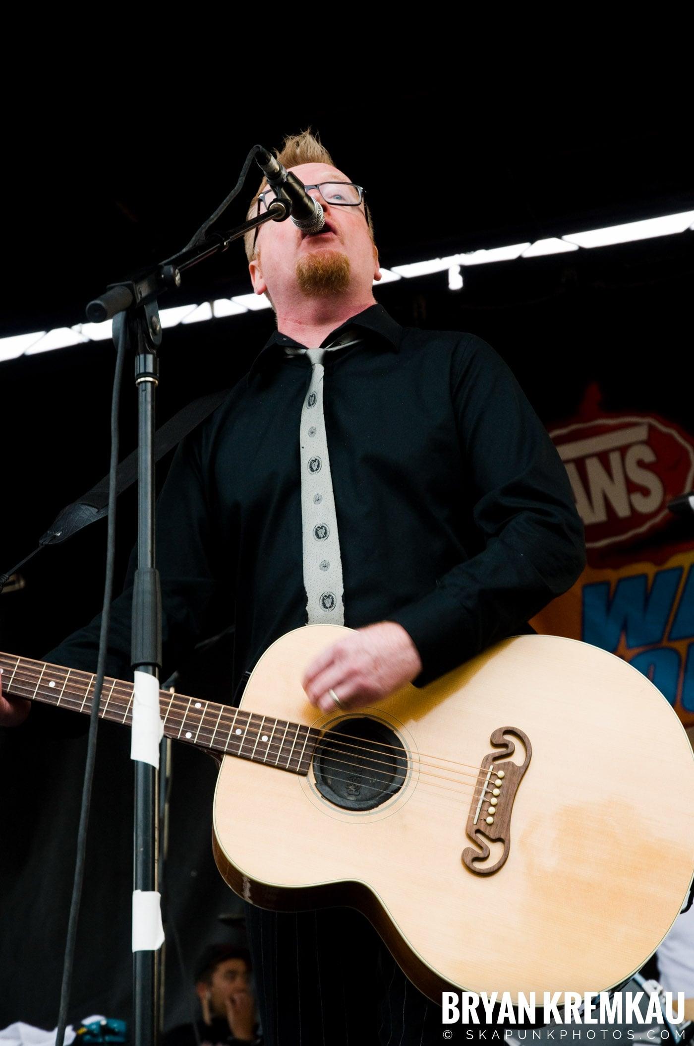 Flogging Molly @ Warped Tour 2009, Scranton PA - 07.15.09 (16)