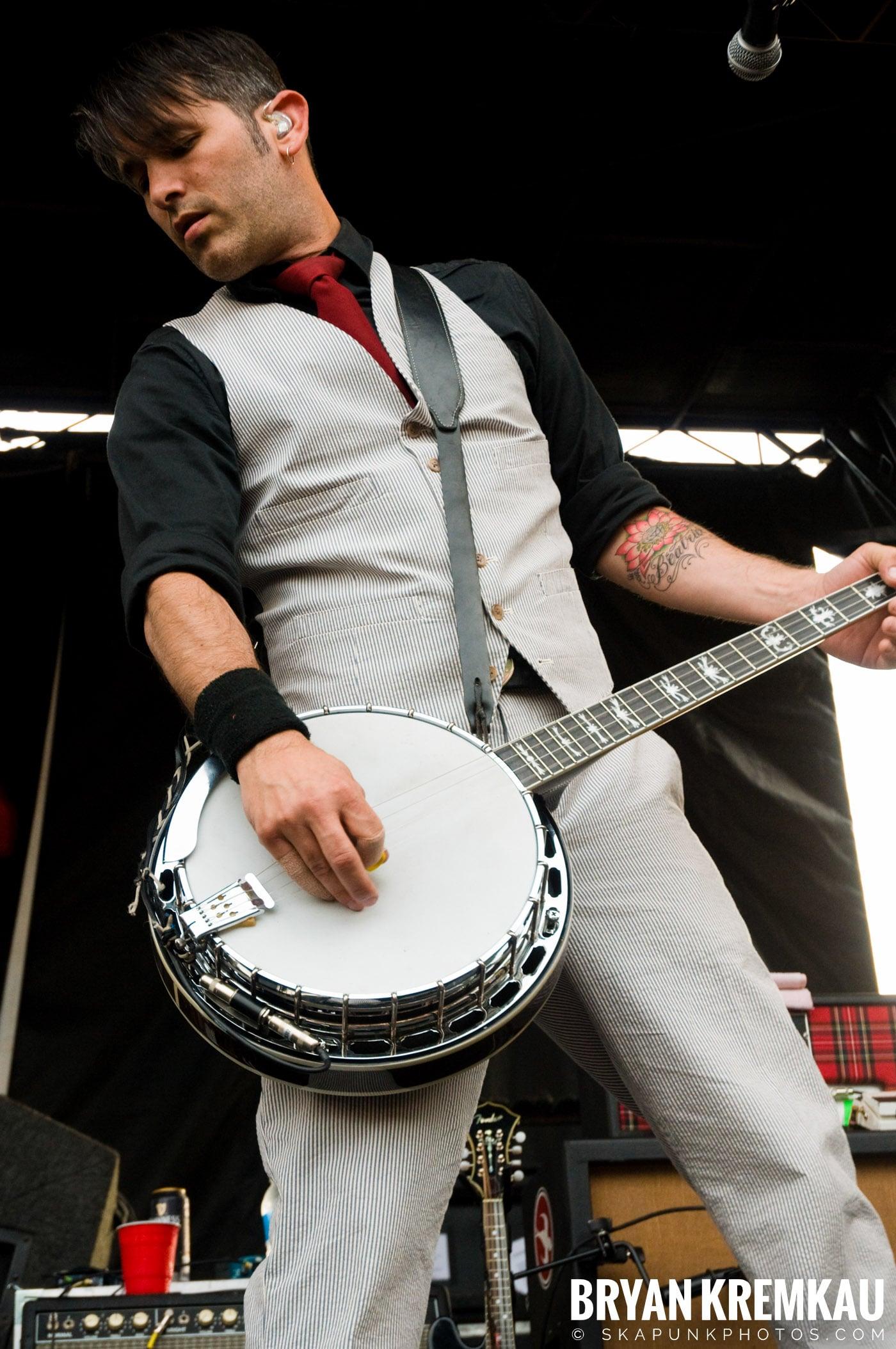 Flogging Molly @ Warped Tour 2009, Scranton PA - 07.15.09 (15)