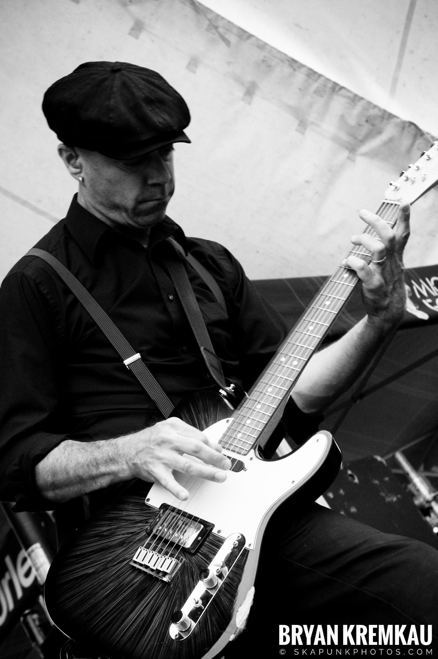 Flogging Molly @ Warped Tour 2009, Scranton PA - 07.15.09 (14)
