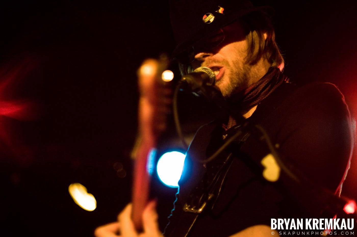 The Rifles @ Mercury Lounge, NYC - 9.24.09 (14)