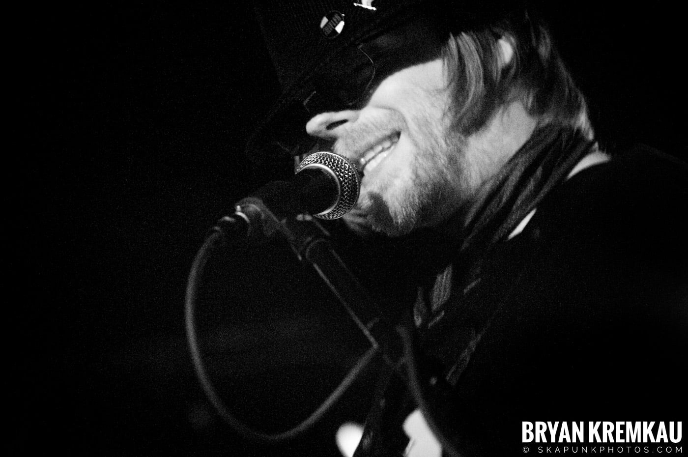 The Rifles @ Mercury Lounge, NYC - 9.24.09 (8)