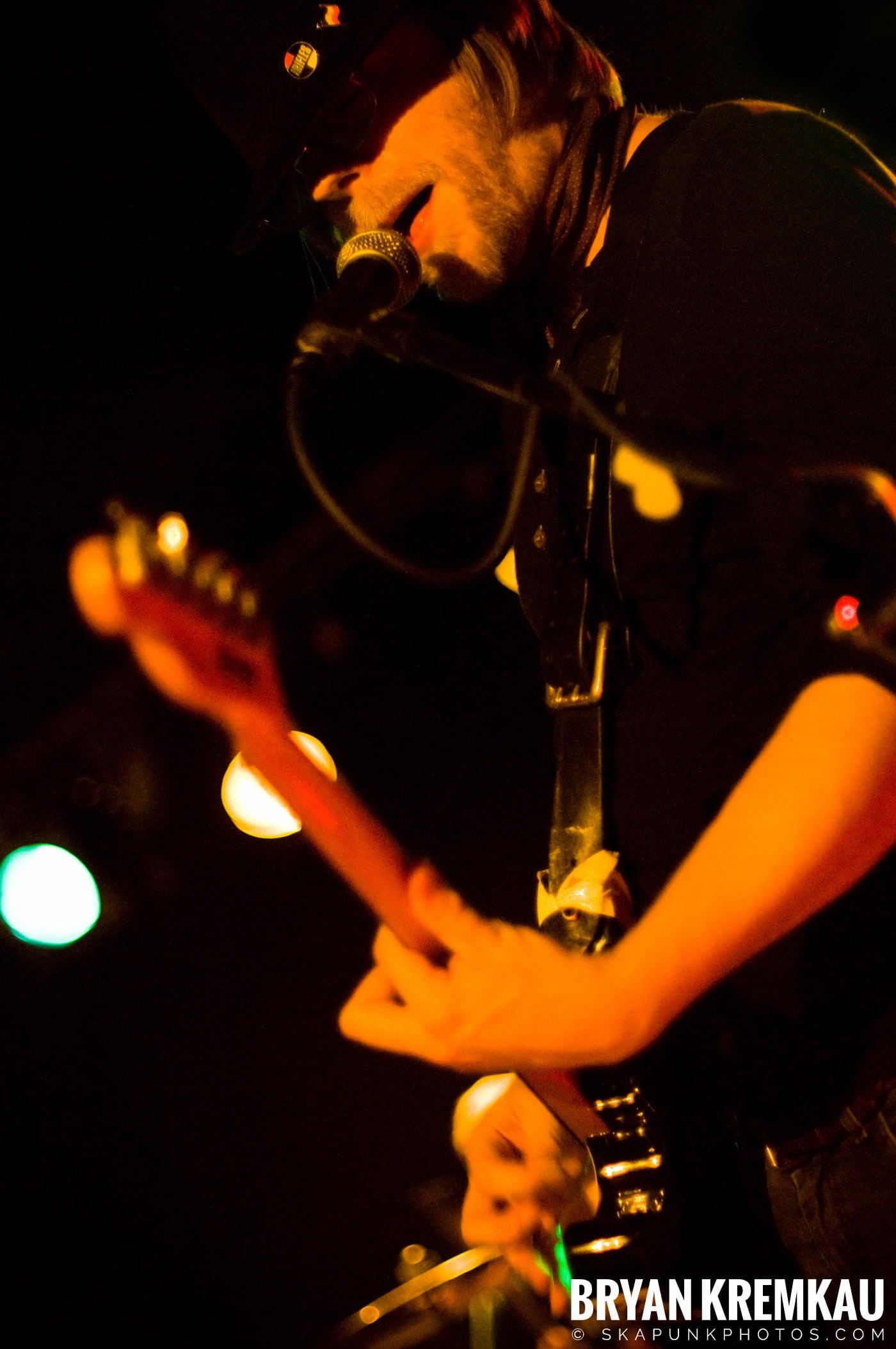 The Rifles @ Mercury Lounge, NYC - 9.24.09 (2)