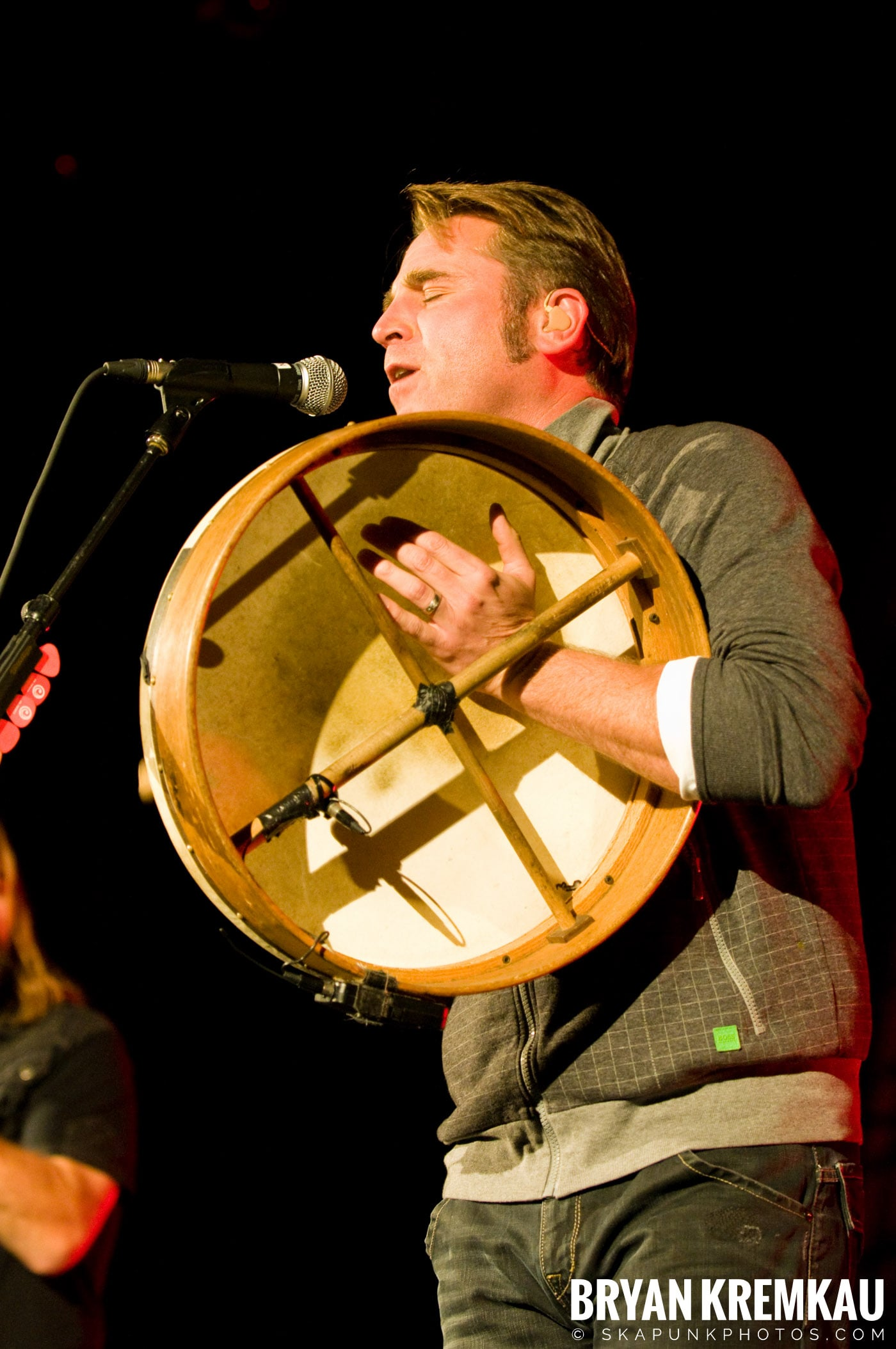 Great Big Sea @ Tarrytown Music Hall, Tarrytown, NY - 10.10.09 (29)