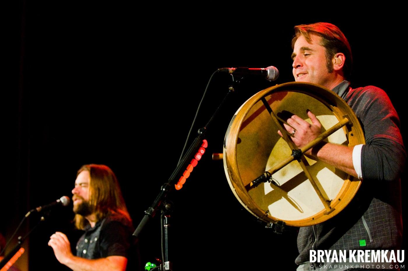 Great Big Sea @ Tarrytown Music Hall, Tarrytown, NY - 10.10.09 (26)