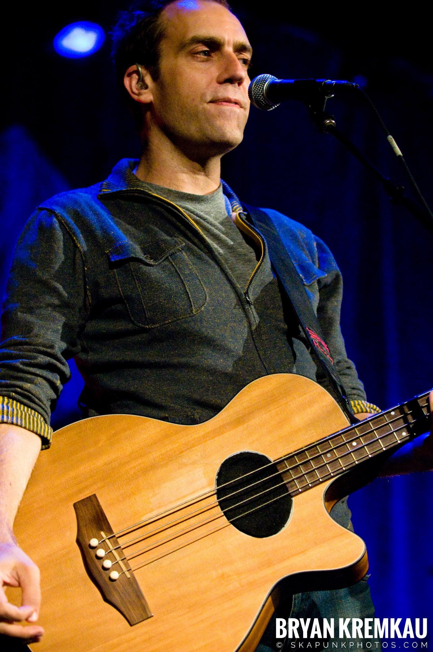 Great Big Sea @ Tarrytown Music Hall, Tarrytown, NY - 10.10.09 (25)