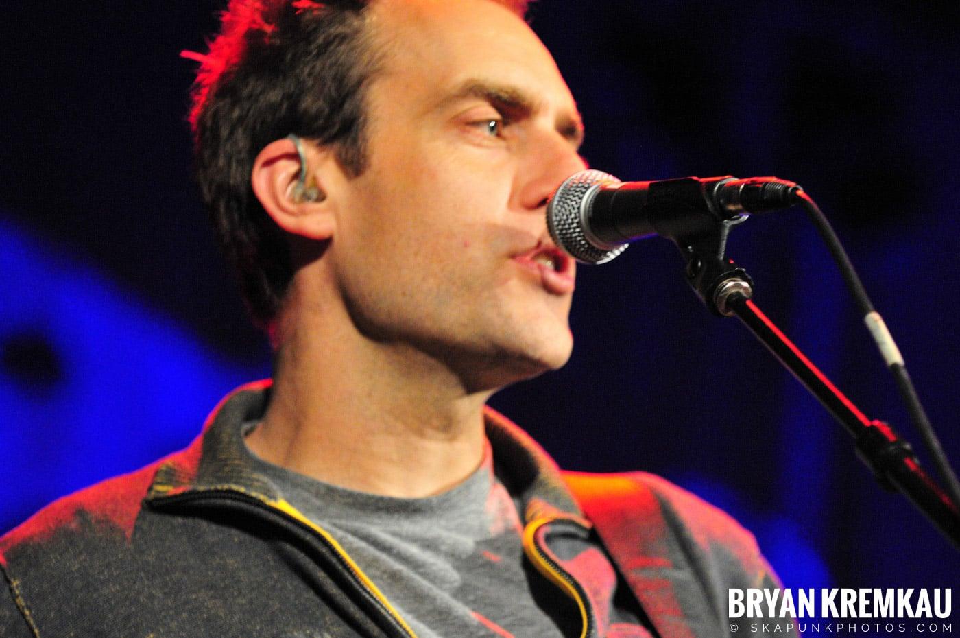 Great Big Sea @ Tarrytown Music Hall, Tarrytown, NY - 10.10.09 (23)