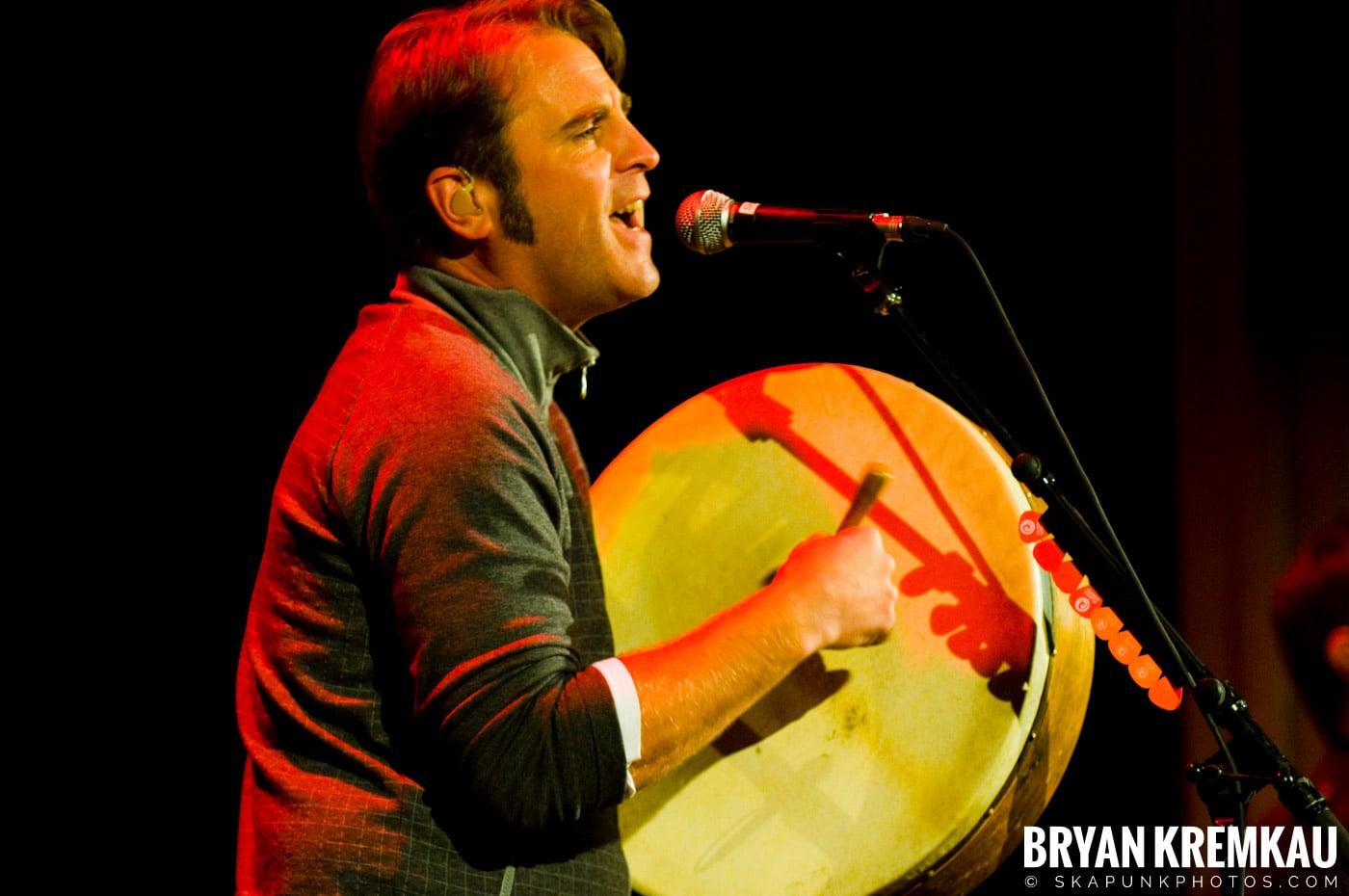 Great Big Sea @ Tarrytown Music Hall, Tarrytown, NY - 10.10.09 (19)