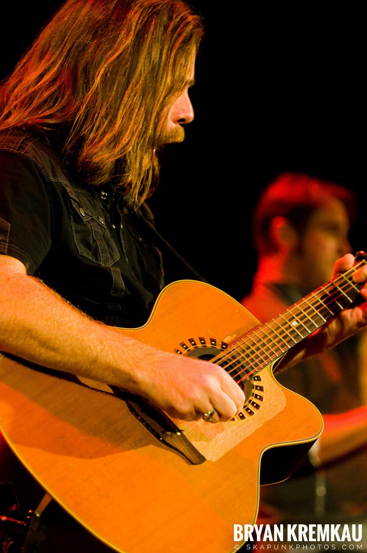 Great Big Sea @ Tarrytown Music Hall, Tarrytown, NY - 10.10.09 (18)