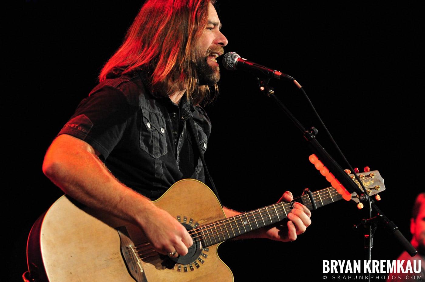 Great Big Sea @ Tarrytown Music Hall, Tarrytown, NY - 10.10.09 (16)