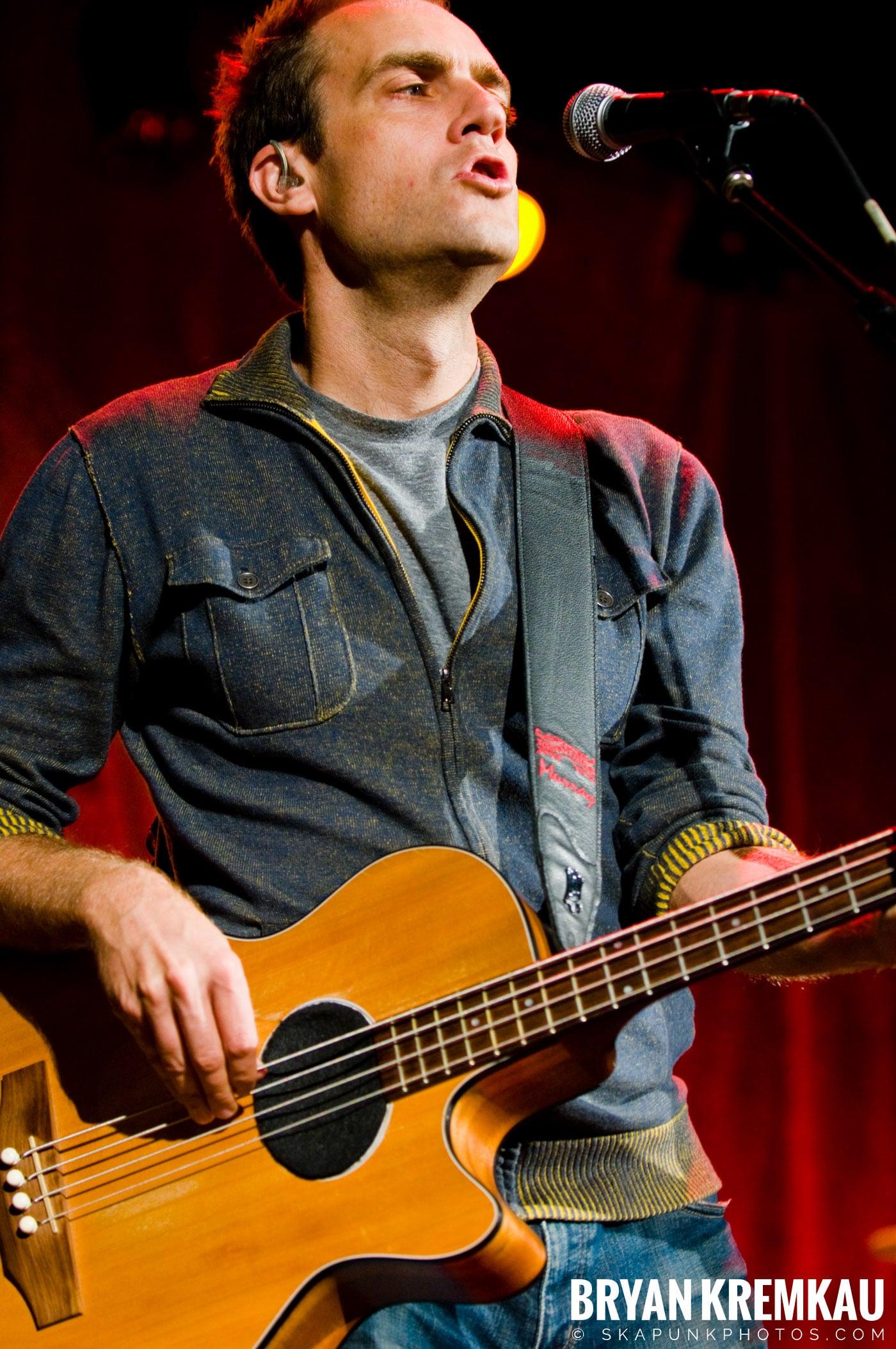 Great Big Sea @ Tarrytown Music Hall, Tarrytown, NY - 10.10.09 (13)