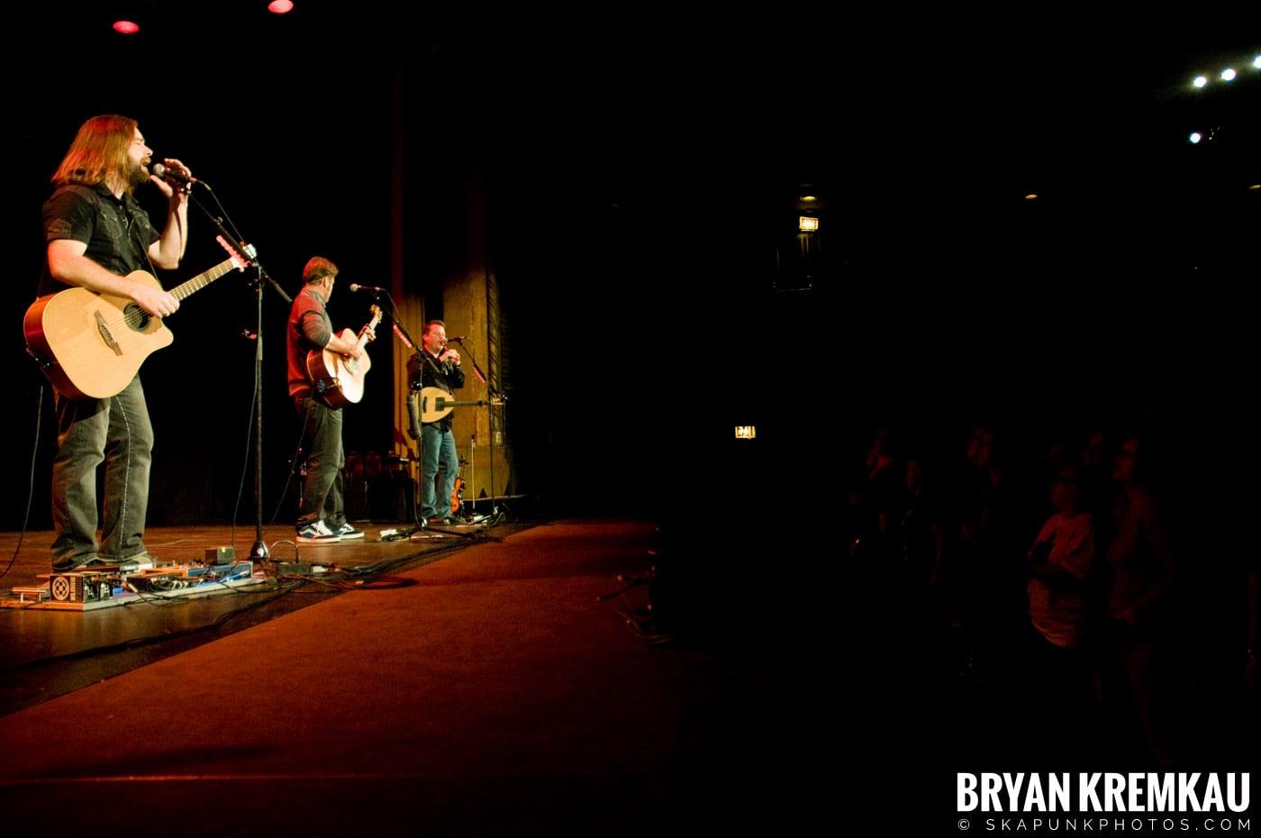 Great Big Sea @ Tarrytown Music Hall, Tarrytown, NY - 10.10.09 (9)