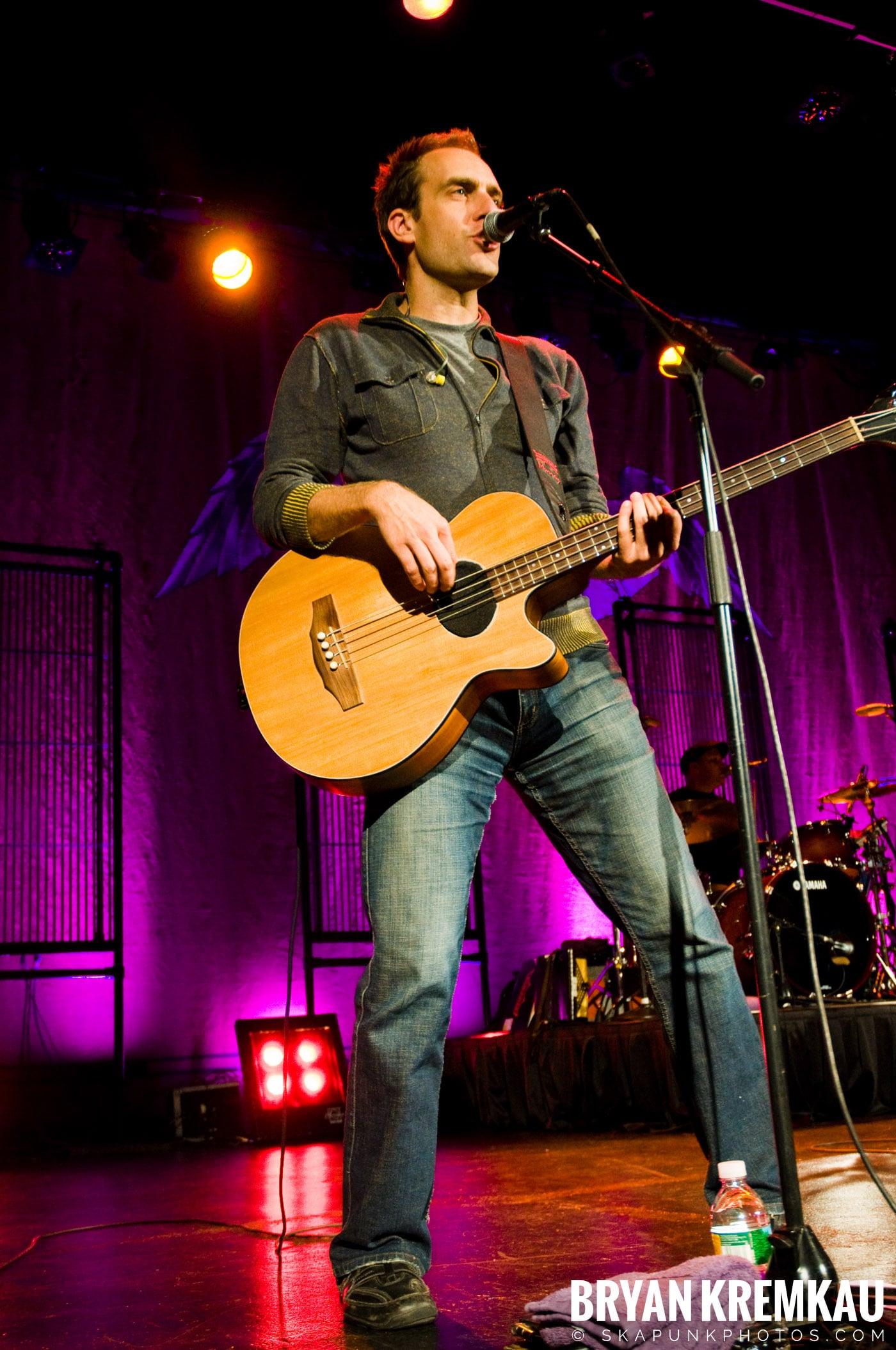 Great Big Sea @ Tarrytown Music Hall, Tarrytown, NY - 10.10.09 (7)