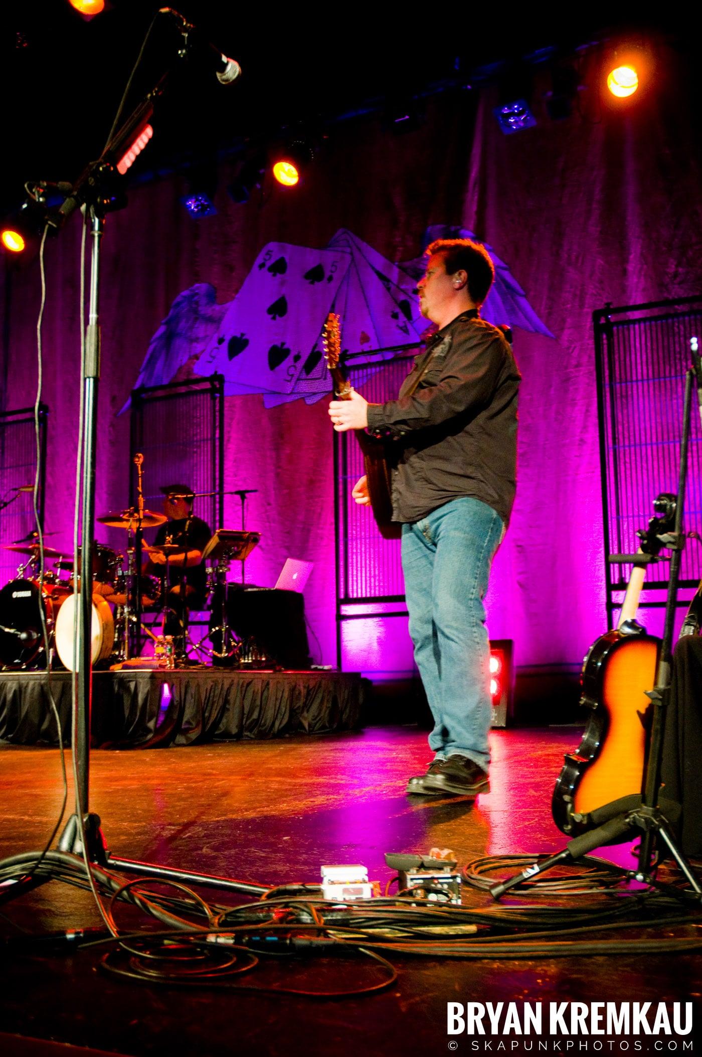 Great Big Sea @ Tarrytown Music Hall, Tarrytown, NY - 10.10.09 (6)