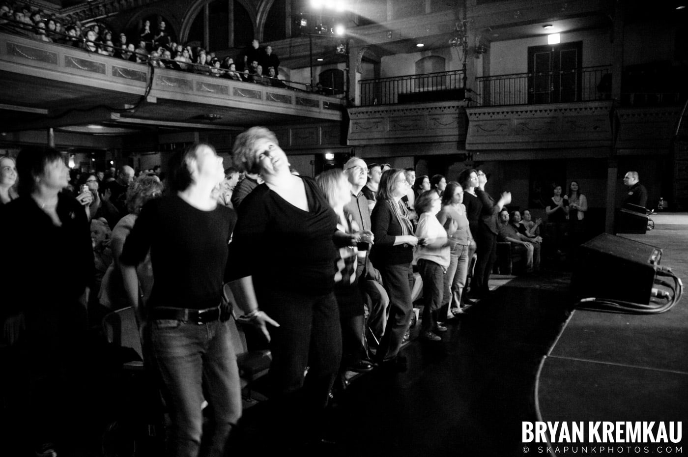 Great Big Sea @ Tarrytown Music Hall, Tarrytown, NY - 10.10.09 (3)
