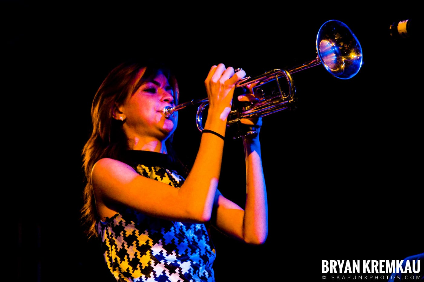 Avon Junkies (Ska is Dead Tour) @ Starland Ballroom, Sayreville, NJ - 11.15.09 (11)