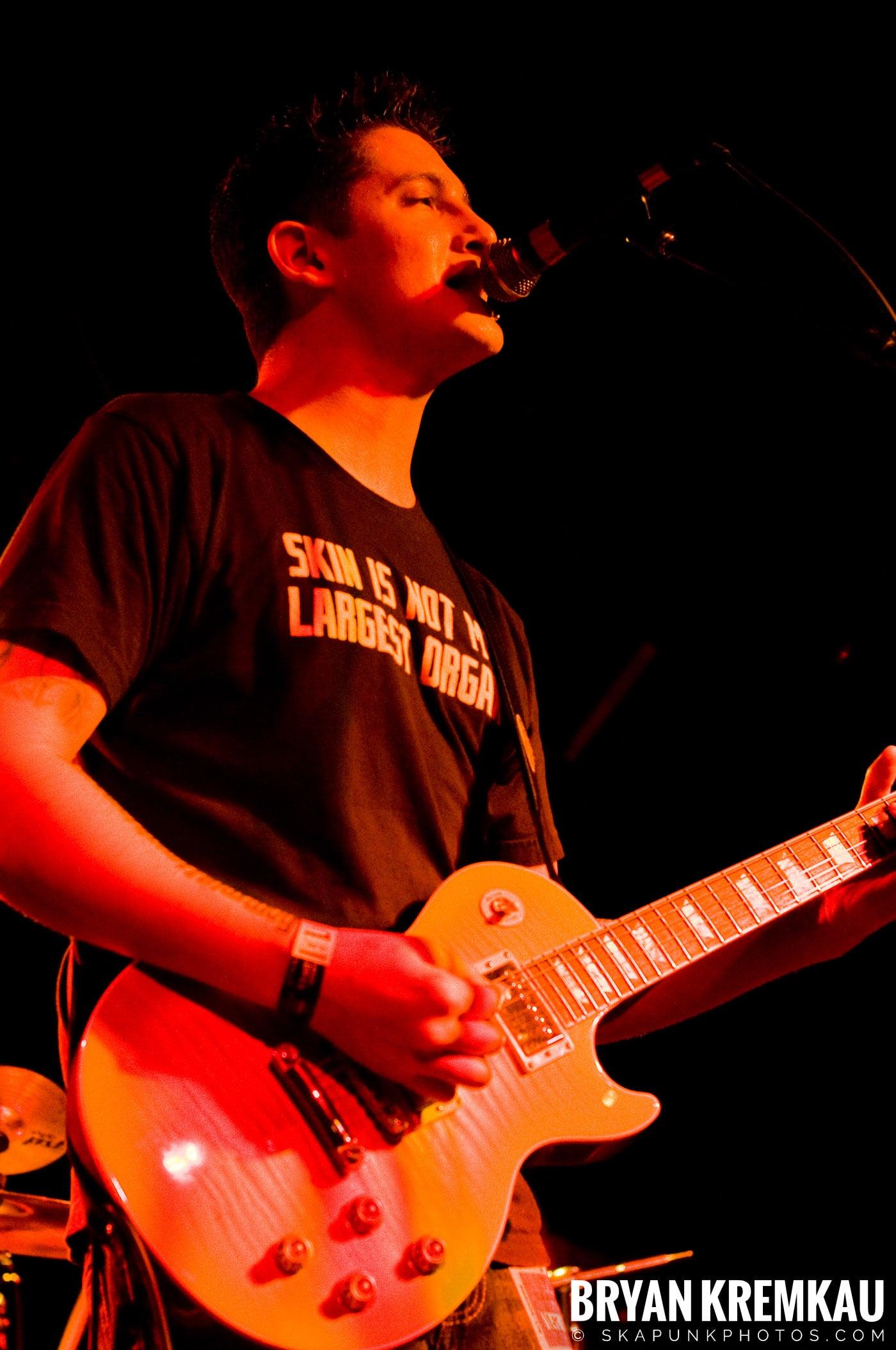 Avon Junkies (Ska is Dead Tour) @ Starland Ballroom, Sayreville, NJ - 11.15.09 (3)