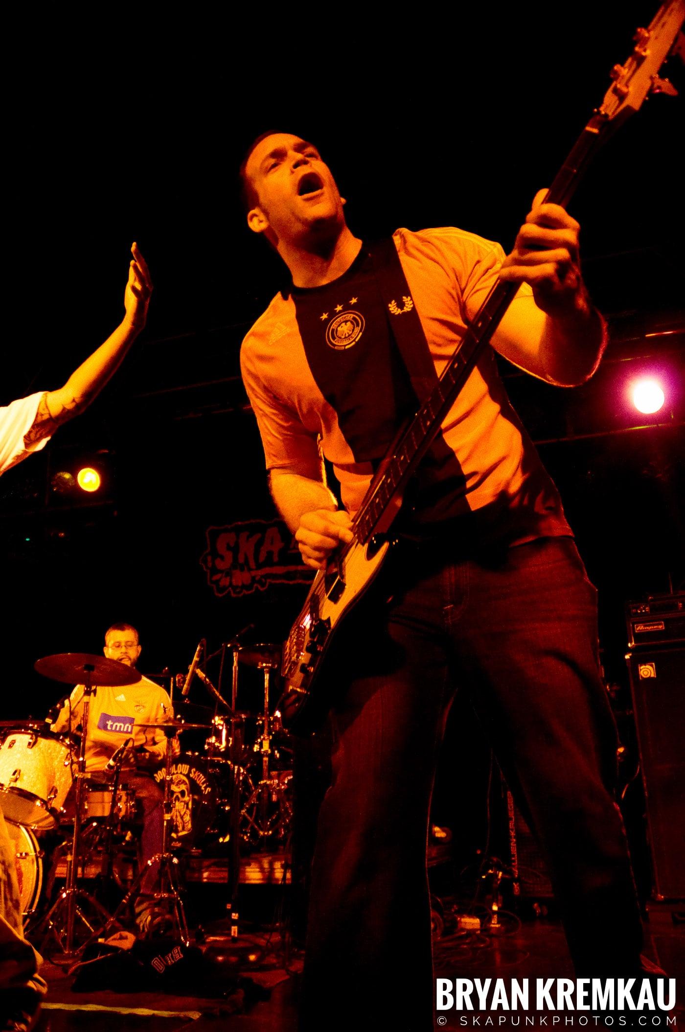 Hub City Stompers (Ska is Dead Tour) @ Starland Ballroom, Sayreville, NJ - 11.15.09 (14)