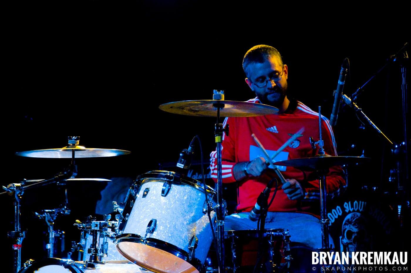 Hub City Stompers (Ska is Dead Tour) @ Starland Ballroom, Sayreville, NJ - 11.15.09 (13)