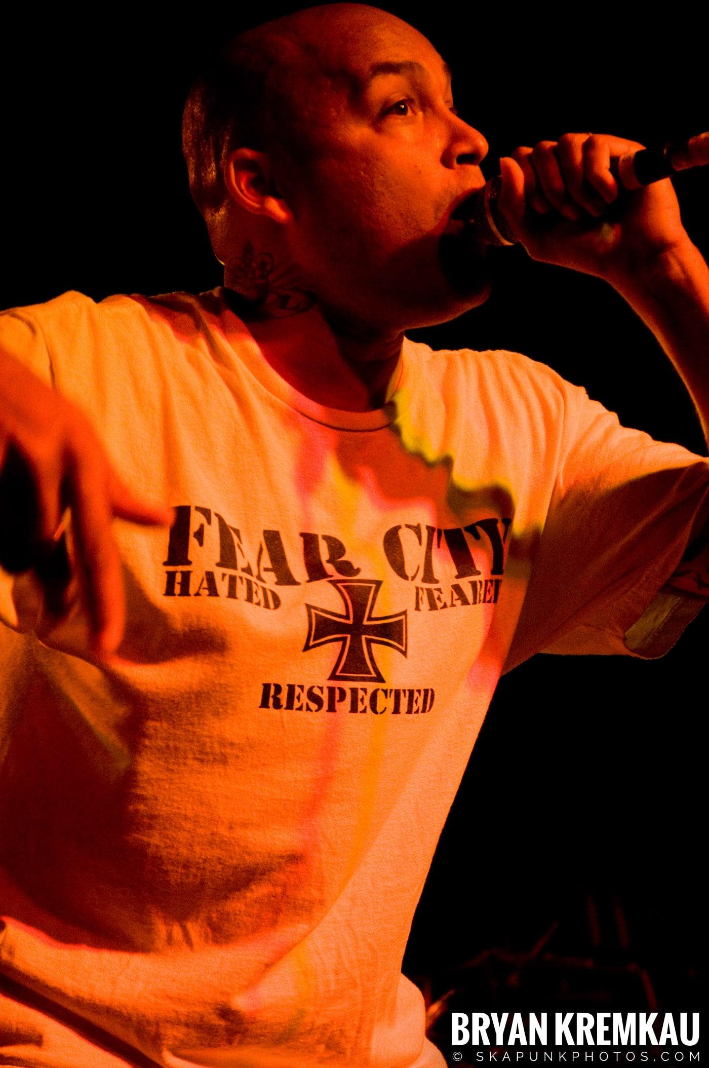 Hub City Stompers (Ska is Dead Tour) @ Starland Ballroom, Sayreville, NJ - 11.15.09 (7)