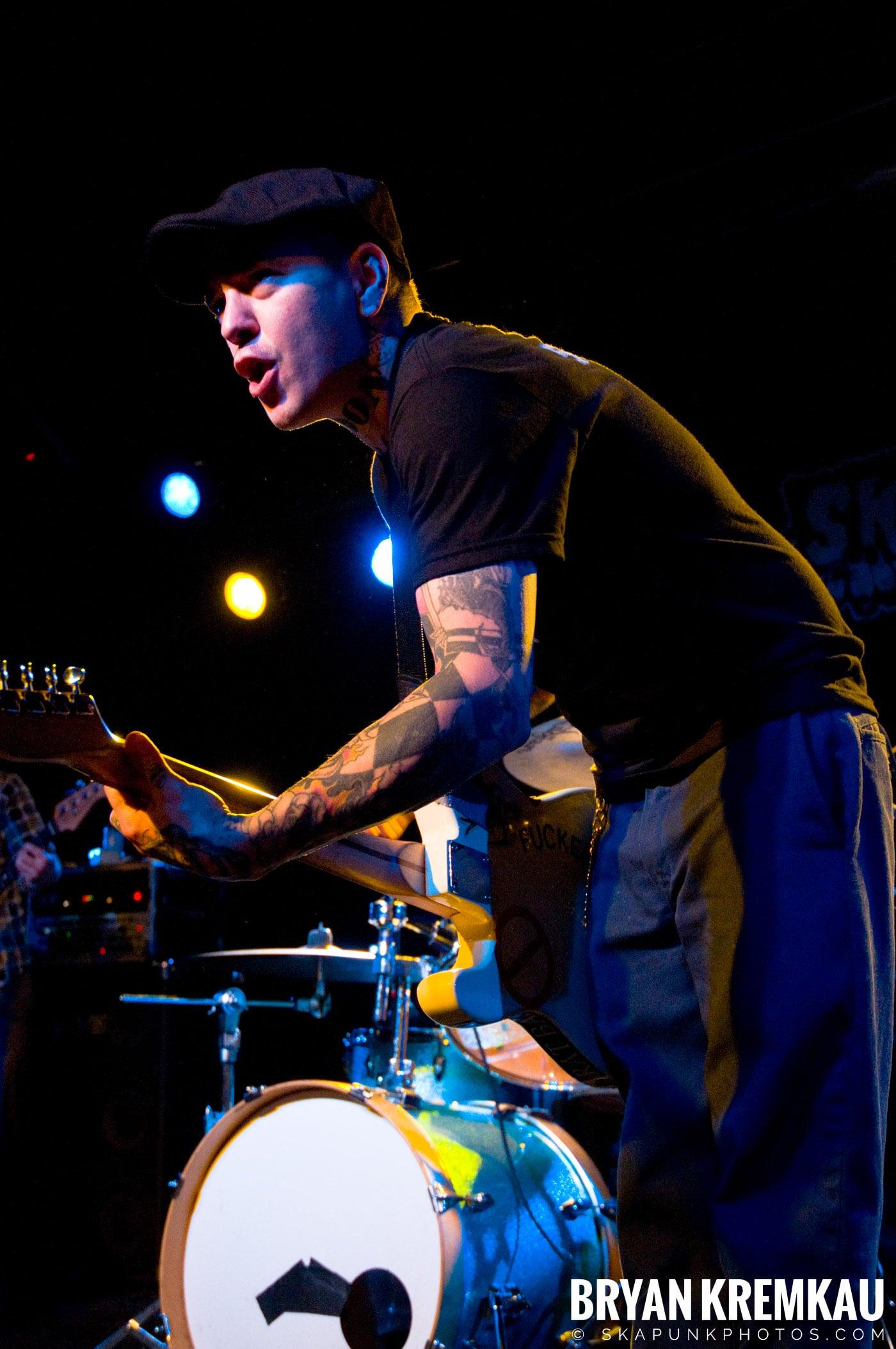 Deal's Gone Bad (Ska is Dead Tour) @ Starland Ballroom, Sayreville, NJ - 11.15.09 (14)