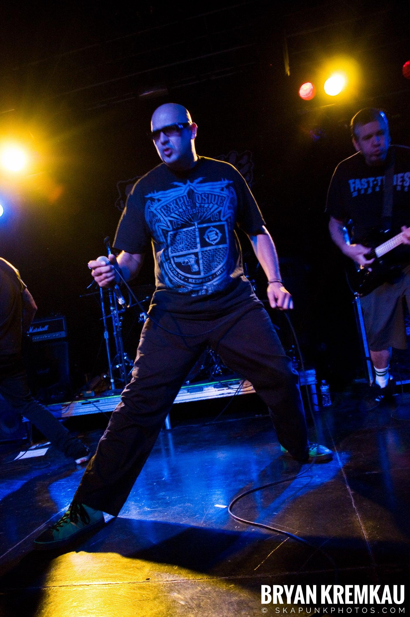 Voodoo Glow Skulls (Ska is Dead Tour) @ Starland Ballroom, Sayreville, NJ - 11.15.09 (22)