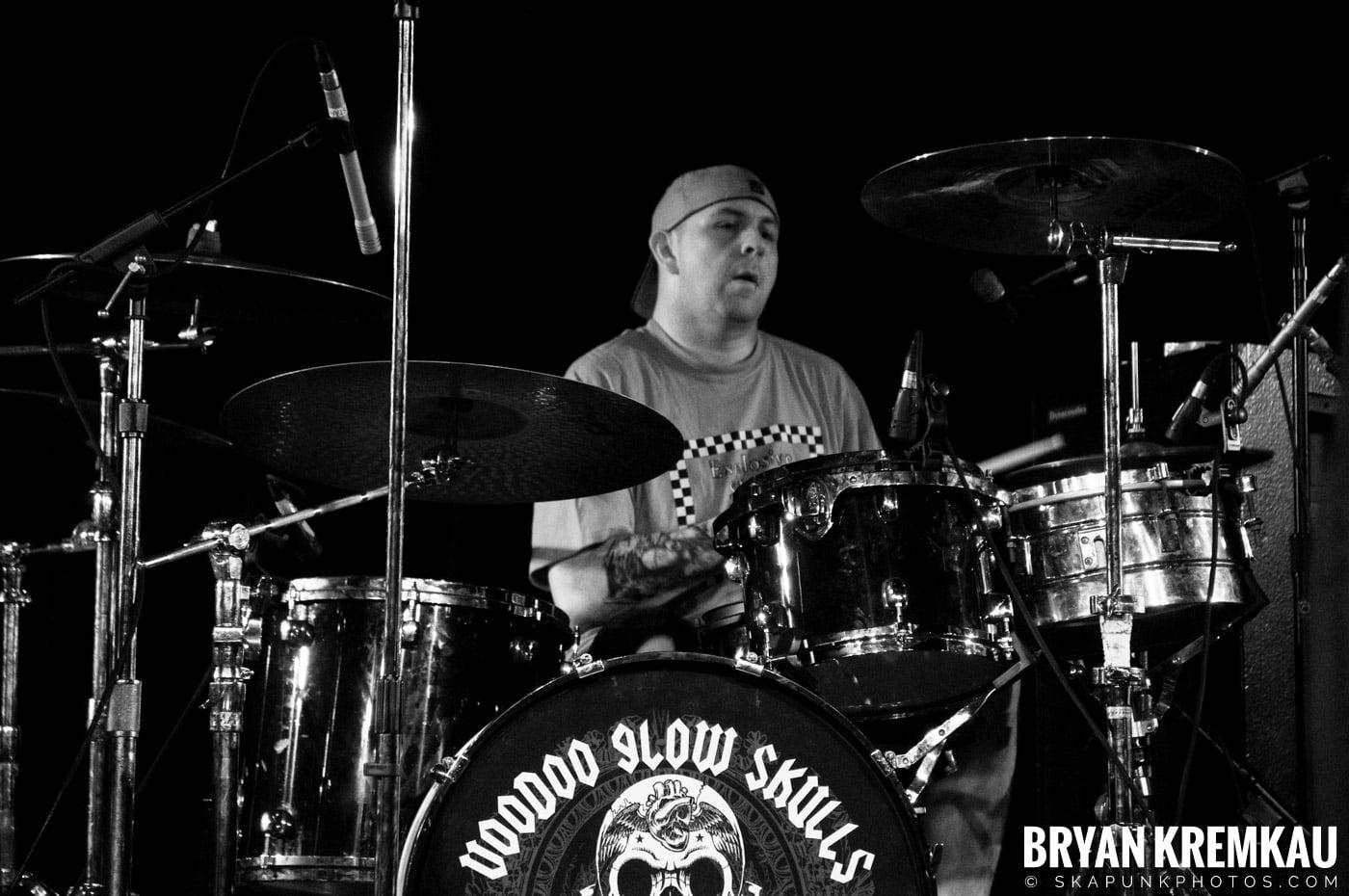 Voodoo Glow Skulls (Ska is Dead Tour) @ Starland Ballroom, Sayreville, NJ - 11.15.09 (15)